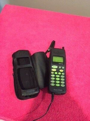 AudioVox Mobile Cell Phone with Case & Charger MVX-505AAA Vintage