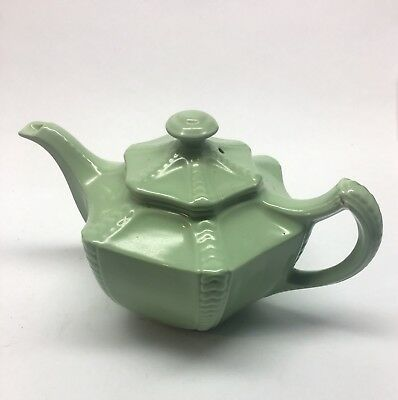 1930's - 1950's  TEAPOT Vintage HALL, Made In USA China Seafoam / Jade Green