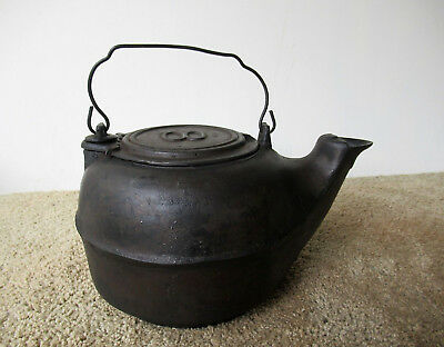 Antique Water Kettle Primitive Cast Iron #8 Lid Bail Handle Gatemark Molder Mark