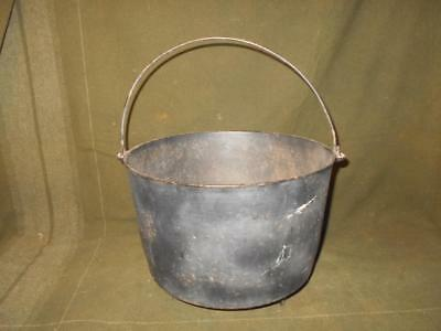 Vintage Wagner Ware Cast Iron 3 Leg Bean Pot Kettle Number No 9