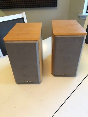 2 Onkyo Model D N5 Way Bass Reflex Bookshelf Speaker Very Nice