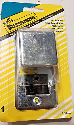 """Bussmann FUSE HOLDER And THREE-PRONG OUTLET- Fit 2-1/4"""" Box, BP/SRU - NEW"""