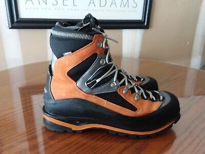d641645cd54 AKU TERREALTE MOUNTAINEERING boots M,s 10 EU44. Italy made