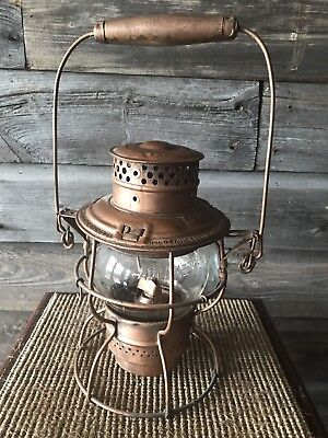 Vintage Railway/Railroad Lantern With Magnifying Glass