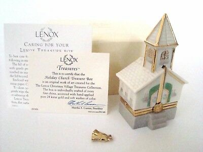 LENOX Porcelain Hinged Box  - Holiday Church with Certificate and Box