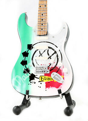 Miniature Guitar BLINK 182 with free stand