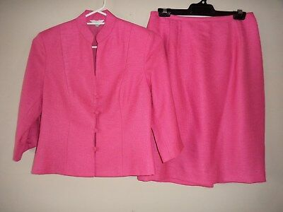 ladies skirt jacket set suit size small  PINK retro vintage LAWAN HOUSE OF STYLE