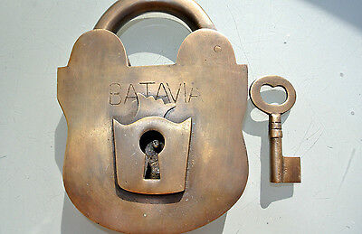 "used 5"" PADLOCK BATAVIA large Vintage stye old antique solid brass key heavy B"