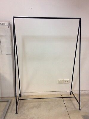 Shop Fittings - Modern Black Metal Clothes Hanging Rack