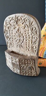 Old Northern Sumatra Carved Wooden Kris Holder …beautiful collection piece