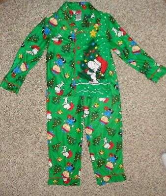 The Peanuts Snoopy Girls Christmas Flannel Pajamas Set K182724PE