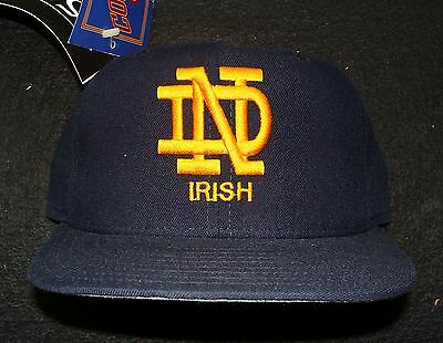 1990s NOTRE DAME FIGHTING IRISH VINTAGE NEW ERA 100% WOOL 5950 FITTED CAP SIZE 7