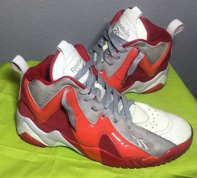 6c48d1c0edc5f3 Reebok Kamikaze II Mid Men s White Red Basketball Shoes Size 9.5 Christmas  Past