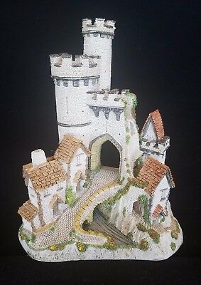 David Winter ~ THE CASTLE GATE ~ COA ~ LARGE ~ ISSUED 1984 ~ COLORFUL