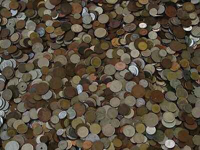 A Unsearched lot of nice mix of World Foreign Coin 1 LB Lot & gift always added