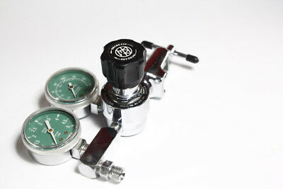 Western Enterprises Medical Oxygen Regulator 2 Gauge Model M1-870-5FG