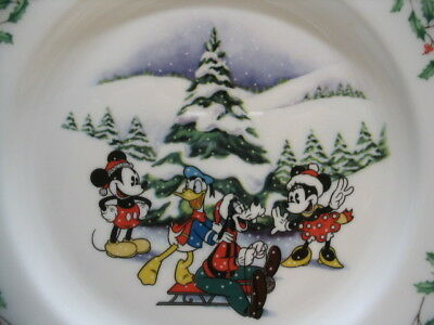 "LENOX CHRISTMAS DISNEY MICKEY Co Holiday Plate FIRST SNOW 8"" Gold Rimmed Retired"