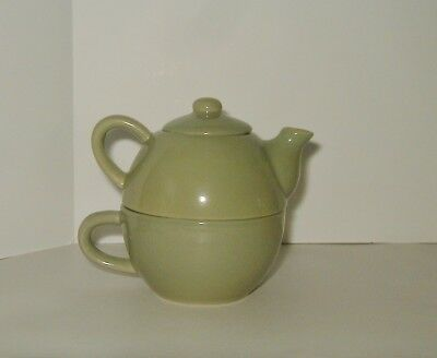 Tea for One Set Pier 1 Imports Light Green Stackable 3 pcs Ceramic Pottery