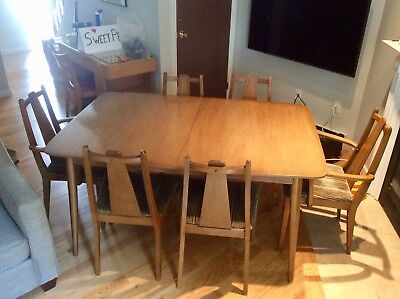 Mid Century Modern Sculpted Walnut Dining Table and 6 Chairs