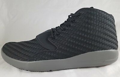 d12c2de9bc015f Nike Men s Jordan Eclipse Chukka Basketball Shoe Black Dark Grey (881453 ...