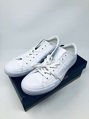af9a99a0ebc9 Converse Women s Chuck Taylor All Star Madison Low Top Shoes White Size 11  ...