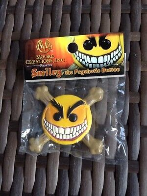 Smiley the Psychotic Button - Chaos Comics Moore Creations Resin Pin 1998