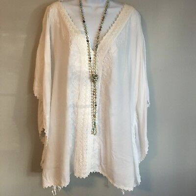Womens Lane Bryant PLUS White Embroidered Tunic Blouse Top SZ 22/24 EUC Rayon