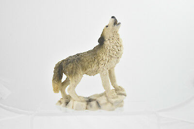 1990 Castagna Howling Timber Wolf Figurine Made in Italy