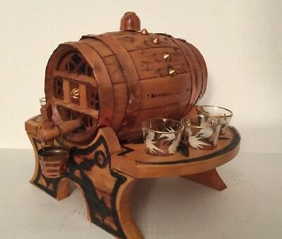Vintage Wooden  Barrel Whiskey Decanter Music Box With 6 Shot Glasses