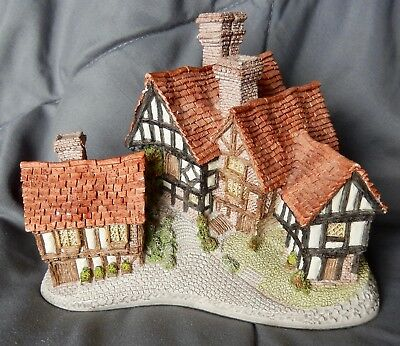 """1981 """"Stratford House"""" Cottage by David Winter - Free Shipping"""