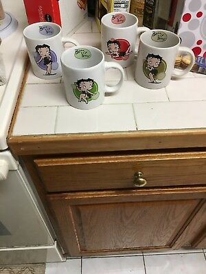 Betty Boop Set of 4 Ceramic Coffee Mugs NIB 12oz 2009