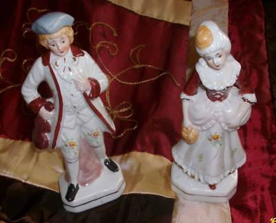 Couple en porcelaine biscuit