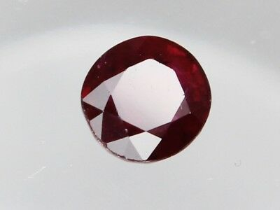 Natural Ruby 0.92ct Loose Faceted Gemstone Round 5.5mm (5.7x5.4mm) Madagascar