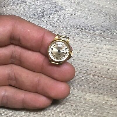 Very small Gold plated AU15 Vintage Soviet CHAIKA Mechanical watch 17 jewels.
