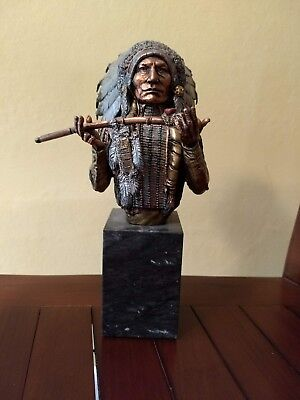 """Limited Edition - Legends """"Peace Offering""""  Black Coal Niawasis Arapaho - Statue"""