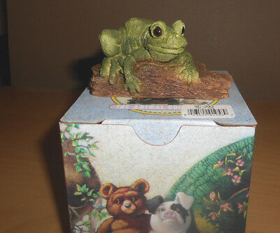 Frog Sitting on a Tree from Stone Critters