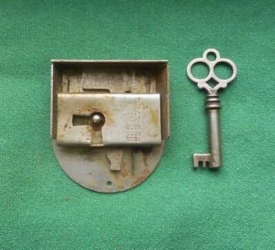 Antique Drawer Lock With Key