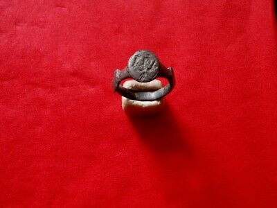 Roman Billon Silver Ring With Engraved Eagle