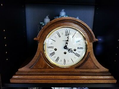 ~ Vintage Howard Miller ~ Mantel Clock ~ Chimes ~ Winder 🗝 ~