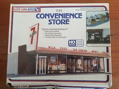 Life-Like Kit. 7-11 convenience store. Boxed and unmade.