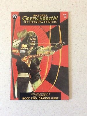 Green Arrow The Longbow Hunters # 2 NM- Deluxe Sized Beauty
