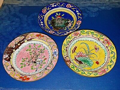 3x ANTIQUE 19th CHINESE HAND PAINTED ENAMEL ON COPPER FAMILLE ROSE PLATES