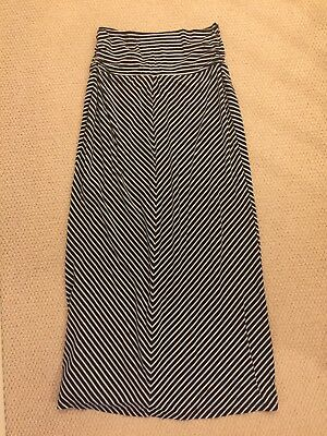 Ladies Long Maternity Skirt, from Old Navy, Size Medium
