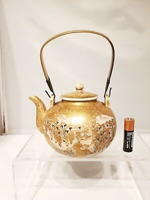 Stunning 19thC Japanese Antique Satsuma Meiji Tea Pot Signed & Original Handle