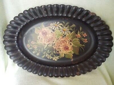 Oval Toleware Scalloped Edged Tray