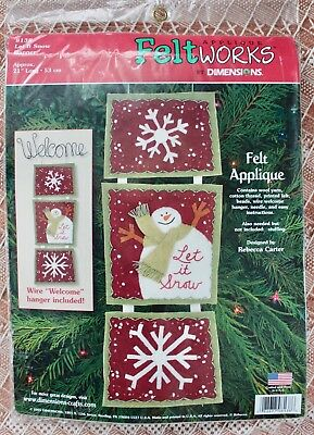 Appliqué Feltworks by Dimensions Let It Snow Banner w Welcome Hanger