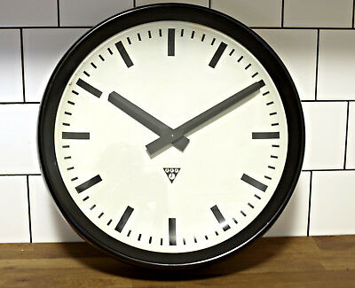 EXTRA LARGE running old Pragotron wall clock Factory School Railway vintage loft