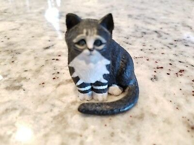 Vintage Cast Iron Cat Black & White Small Paperweight Figurine ~ *So Sweet* EUC