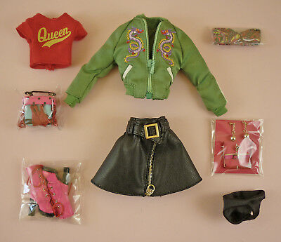 Feelin' Extra Jade - Complete Outfit - Just Off A Doll - The Industry Collection