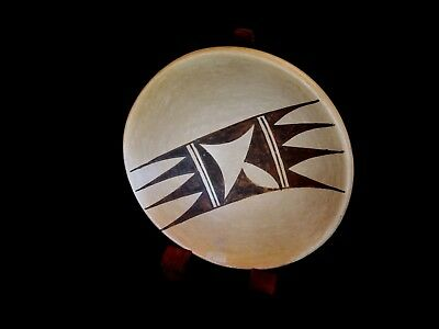 Native American Hopi/ Walpi Indian Pottery by Laura Preston - 5""